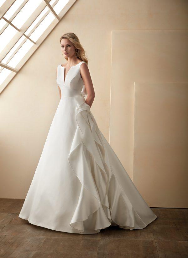 Vestido de novia Valerio Luna Clara Frontal